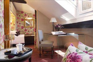 Suite Junior romantique Hôtel Saint Paul Paris